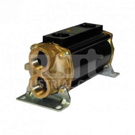 E110-241-2/CN-BR-D-AA Hydraulic oil cooler, marine version with drain and anodes